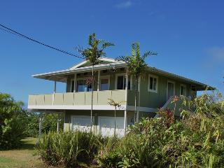 Escape2Puna: Lush, Private Retreat in Lower Puna. Sleeps 2.