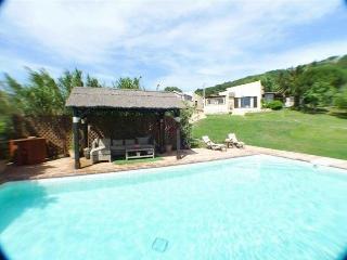 Ref. 67 - Chalet con con piscina cerca del mar, Tarifa