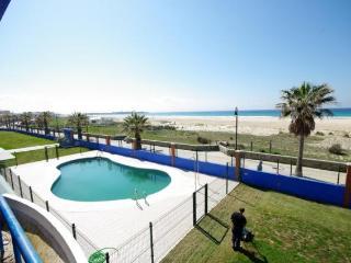 Ref. 106 - Apartamento frontal al mar con piscina., Tarifa