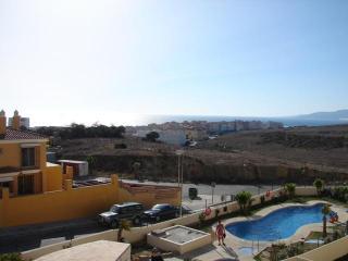Ref. 208 - Atico con terraza y piscina en Tarifa