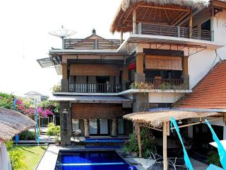 BIG//LUXURY Family Villa POOL FENCE.YESor NO, Sanur