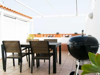 Seaside apartment + WiFi + BBQ, Las Caletillas