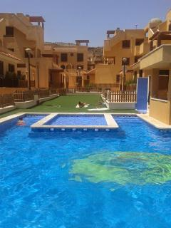 Los Collados Golf Aguilas Penthouse. FREE WI-FI. Amazing views .Security onsite.