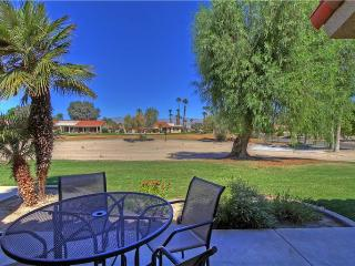 Palm Desert Resort CC-(PS590)-Located on #15 Tee & Close to Pool!