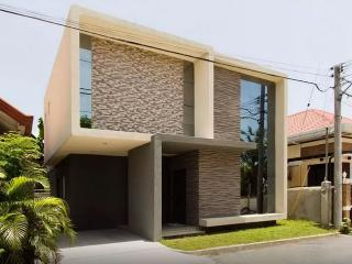 New Modern House 5mins from airport, Davao City