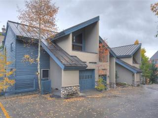 Conveniently Located  3 Bedroom  - 512 Chimney Ridge, Breckenridge