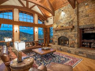 245 Country Club D - The Essential Mountain Village Home - 5 Bedrooms, 5.5 Bathrooms - Sleeps 12 - Views, Views, Views!, Telluride