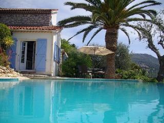 Villa à Castagniers dans les Alpes-Maritimes