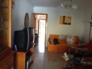 Gorgeous Two Bedroom Apartment in Benalmadena, Benalmádena