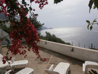 Casa La Caravella - large seaview-terrace, WIFI, Praiano