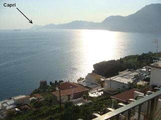 Appartment Capri - seaview to Capri and Positano