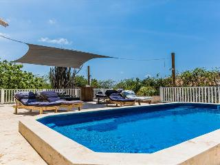 Villa Casa Aurora - In the luxury villa area Sabadeco, with private pool, Kralendijk