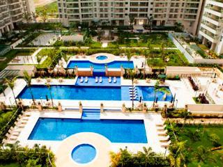 Apartamento - 2km das praias Barra/Recreio