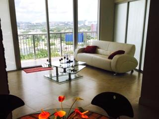 By Gvaldi - Luxury Condo - 23th floor, Miami