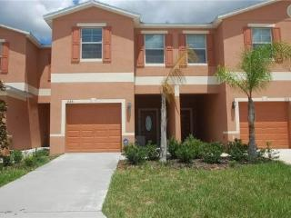 Upscale 3 Bedroom 2.5 Bathroom Townhome. 226SW, Orlando