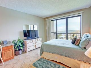 Pirates Bay A402-REALJOY*10%OFF April1-May26*BoatSlipsAvail, Fort Walton Beach