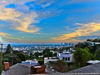 Beautiful Hollywood Hills - 4BD/3BA