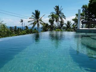 HORIZON Luxury Pool Villas - Motorbike included!!!