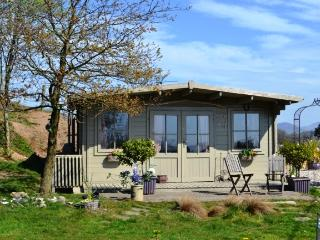 Songbird Hideaway - Romantic Retreat for Couples!, Pwllheli