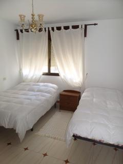 Habitación matrimonio y cama de 90