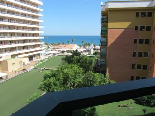 Torremolinos-Playamar: apto. a 50 m. del mar+ WiFi