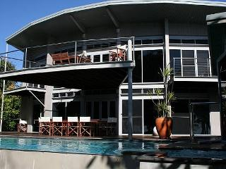 Absolute Beach House, Newell Beach