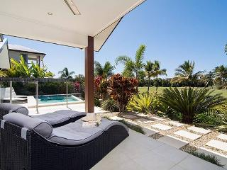 Jabiru - in the private, security gated Palmer Sea Reef Golf Estate, Port Douglas