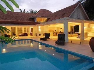 Luxury Karaka Residence in the Beachfront Mirage Estate Port Douglas