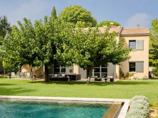Beautiful large Aix villa, Aix-en-Provence
