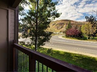 Classic 1BR Mountain Condo in Park City – Sleeps 4