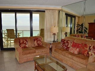 Best views from 2 beachfront balconies ~ Tram service ~ Directly on the beach, Miramar Beach