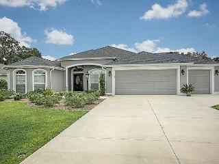 Beautiful rental home in The Villages close to Eisenhower Rec Center