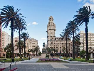 Palacio Salvo - 5 star luxurious 3-rooms 50m2, Montevideo