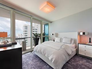 2 Bedroom Waterfront Setai Condo, Miami Beach