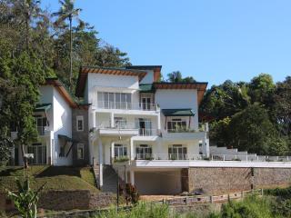 SUNLIT Villa  -  Homestay