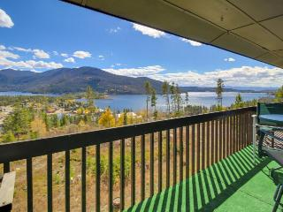 Enjoy amazing views of Grand Lake from this cozy & warm condo!