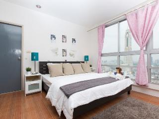 3-Bedroom Condominium next to BTS, Bangkok