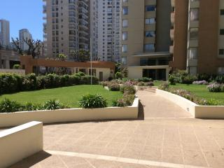 Great Location & Apartment near to the Mall&beach