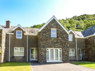 10 COED CAMLYN, mid-terrace, enclosed garden,quiet location, in Maentwrog, Ref 923580