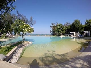 Beachfront 2 Beds Condo, Hua Hin