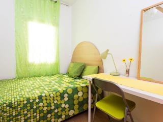 2 Guapas habitaciones cama doble- piso compartido, Barcelona