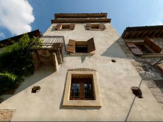 Torre colombara, Castelrotto