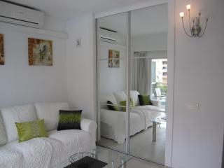 PYR Private Apartment New