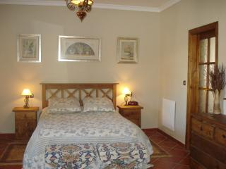 Beautiful B & B, in peaceful setting, Valle de Abdalajis