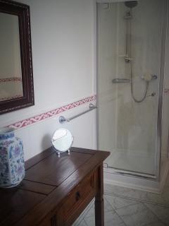 Shared bathroom on each floor