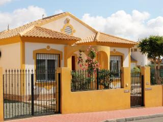Precioso detached Villa with gardens and pool, Mazarron