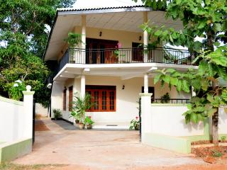 Anuradha - Apartment on Upstairs with 2 Bedrooms