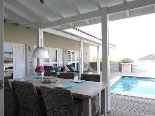 Great 4 bedroom villa with private pool and island view, Curacao