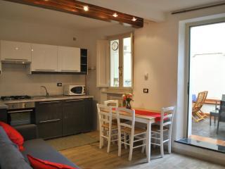 SeaNCity Relax in citta' - Casa tranquilla con cortile nel centro storico