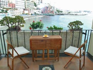 Casa vacanze La Polena a Napoli Posillipo, Naples